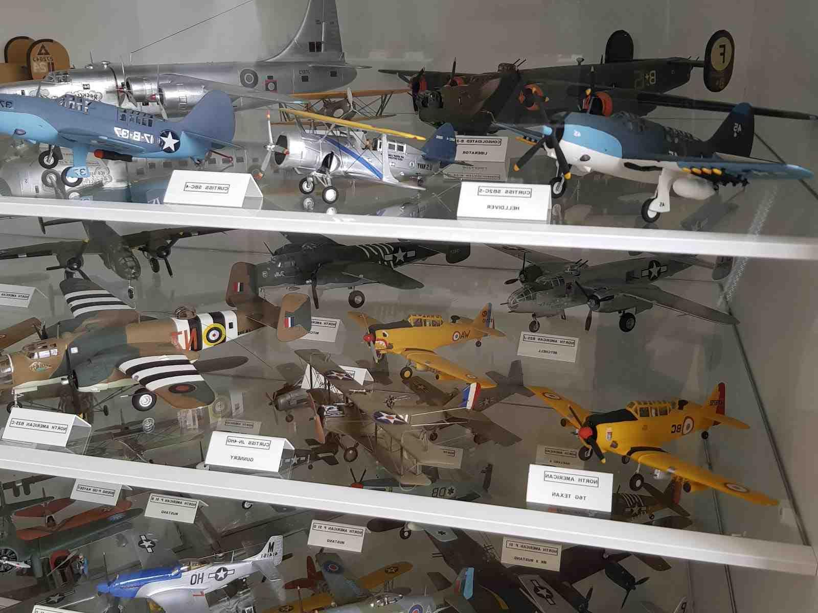 Où trouver des maquettes d'avion ?